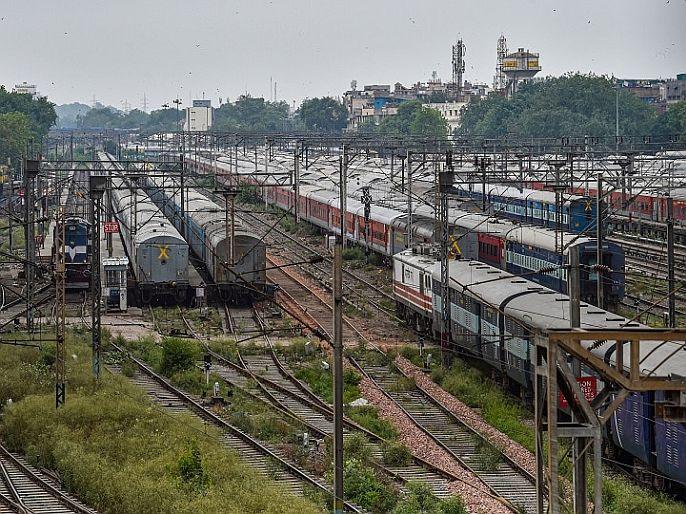 The railways canceled many trains some diverted due to the farmers movement   शेतकरी आंदोलन : रेल्वेनं रद्द केल्या अनेक रेल्वेगाड्या, काहींचा मार्ग बदलला, येथे पाहा संपूर्ण यादी