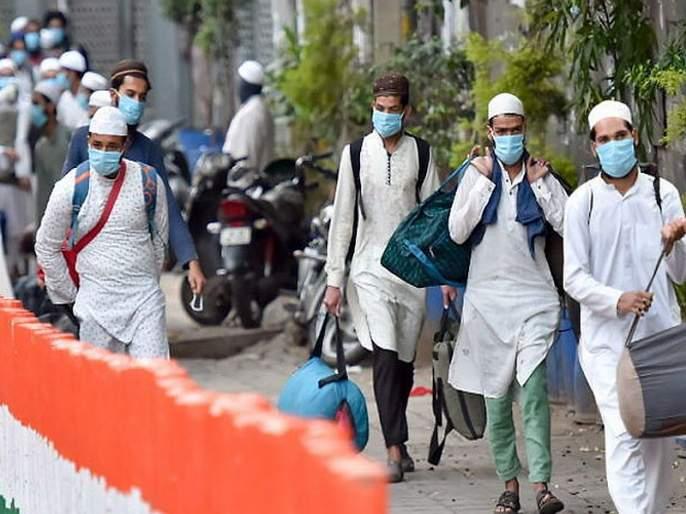 1000 persons from telangana visits niamuddin markaz sna | धोक्याची घंटा : मरकजसाठी 'या' राज्यातून आले होते तब्बल 1000 लोक, देशभरात 2100 लोकांची ओळख पटली
