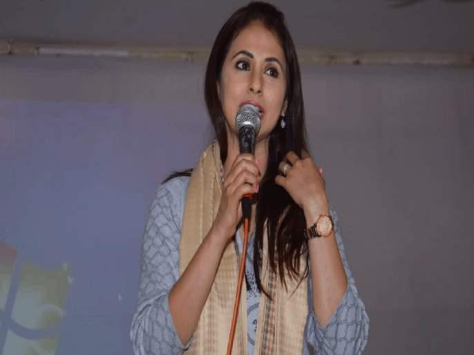 In Bollywood, Marathi actors are called 'Ghati Says Actress Urmila Matondkar   बॉलिवूडमध्ये मराठी कलाकारांना 'या' शब्दात हिणवलं जातं; अभिनेत्री उर्मिला मातोंडकरचा गौप्यस्फोट