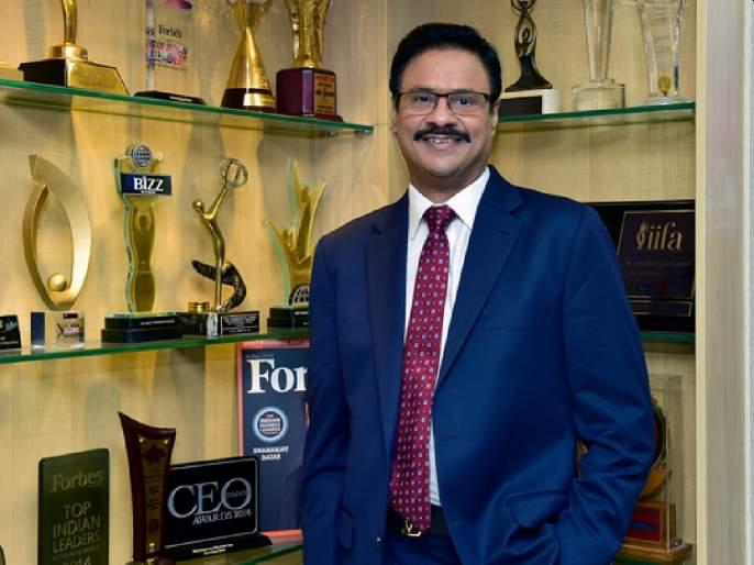 Forbes' honor list includes Dr. Dhananjay donors ranked 25th; The glory of Al Adil's commitment | 'फोर्ब्ज'च्या गौरव यादीतडॉ. धनंजयदातारांना २५ वे मानांकन;'अल अदील' च्या बांधीलकीचा गौरव