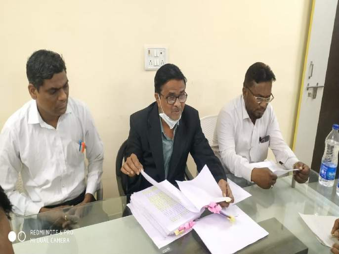 Complaint against Anil Chaudhary for giving false information in affidavit   शपथपत्रात खोटी माहिती दिल्याची अनिल चौधरींविरुद्ध तक्रार