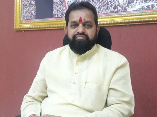 Maharashtra Election, Maharashtra Government:If Shiv Sena MLAs tries to break, their heads will explode; Dilip Lande's warning | Maharashtra Government: शिवसेना आमदार फोडण्याचा प्रयत्न केला तर त्यांचं डोकं फुटेल; दिलीप लांडेंचा इशारा