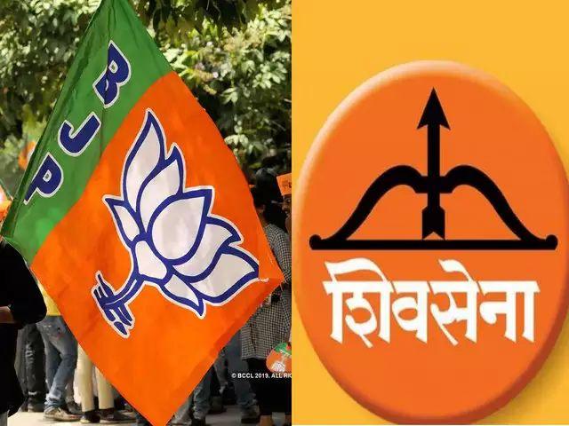 Maharashtra Election 2019: Power struggle in social media; '#MaharashtraWithShivsena' trend started in Social Media   सोशल मीडियातही सत्तासंघर्ष; शिवसेनेच्या समर्थनार्थ '#MaharashtraWithShivsena' ट्रेंडिंग सुरु