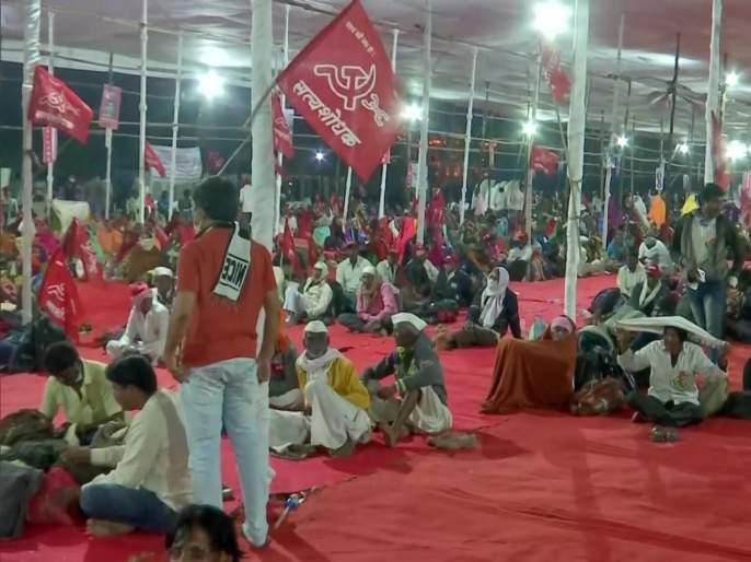 Farmers March in Mumbai Live: agitating farmers enters Azad Maidan against Agriculture bill | Farmers March in Mumbai Live: आंदोलक शेतकऱ्यांचा जत्था आझाद मैदानात दाखल;आज राजभवनाच्या दिशेने निघणार