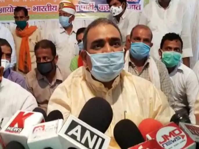 """Opposition Raising Small Issue""; Controversial statement of BJP minister on Hathras gangrape case | ""विरोधक करतायेत छोट्या मुद्द्याचं राजकारण""; हाथरस प्रकरणावरुन भाजपा मंत्र्याचं वादग्रस्त विधान"