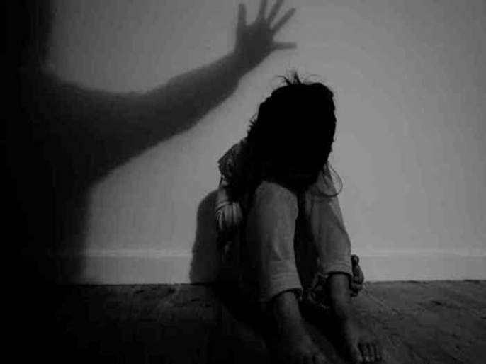 Bhopal Girl told to family 'He comes into my dream and tortures me, take out his body from the grave | 'तो माझ्या स्वप्नात येऊन मला छळतोय, त्याचा मृतदेह बाहेर काढा'