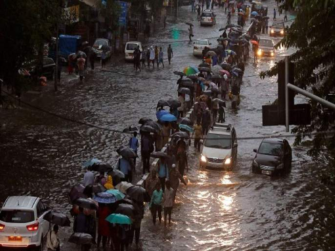 "Due to Heavy Rain in 24 hrs for Mumbai Water logging, Reason by Shiv Sena Also target opposition   ""पाणी साचल्यावर बोंबा मारणारे तेव्हा गप्प असतात""; मुंबईची तुंबई होण्यामागं शिवसेनेनं दिलं 'हे' कारणं"