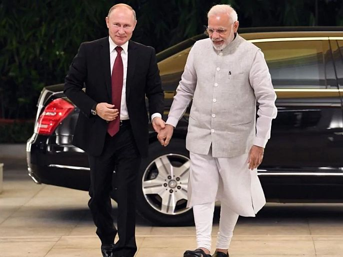 Prime minister received a phone call today from russian president vladimir putin amid tension with china | भारत-चीन तणावातच रशियन राष्ट्रपती व्लादिमीर पुतिन यंचा पंतप्रधान मोदींना फोन, 'या' विषयावर झाली चर्चा