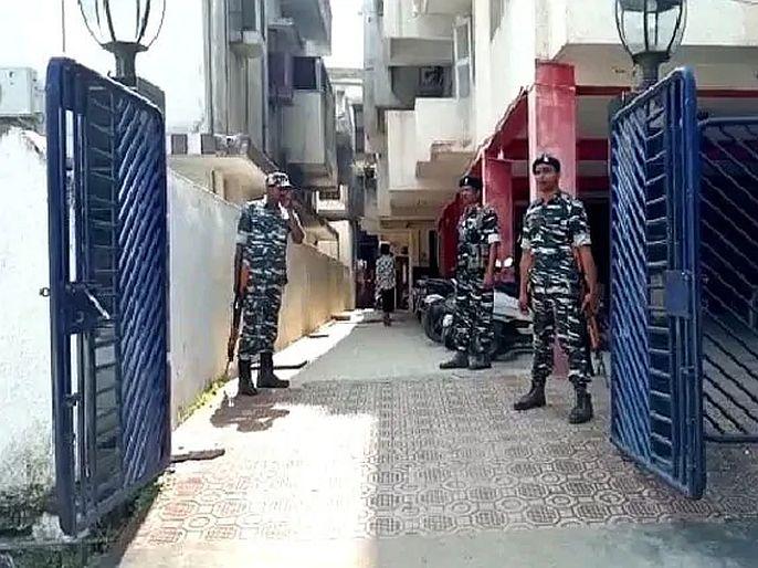 Haryana income tax department raid on independent mla balraj kundu | भाजप सरकारचं समर्थन काढलं, अपक्ष आमदाराच्या घरावर पडले आयकर विभागाचे छापे