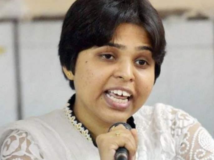 bhumata brigade activist trupti desai commented on that fake video   'त्या' व्हायरल व्हिडिओवर तृप्ती देसाई चिडल्या, म्हणाल्या...