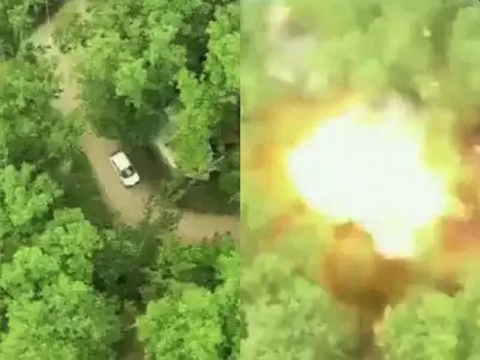 Jammu and kashmir Major car-borne IED attack averted by security in pulwama sna | Video : पुलवामामध्ये जवानांनी 'अशी' उडवली दहशतवाद्यांची IEDने भरलेली कार, 3 दिवसांपूर्वीच मिळाले होते 'इनपुट'