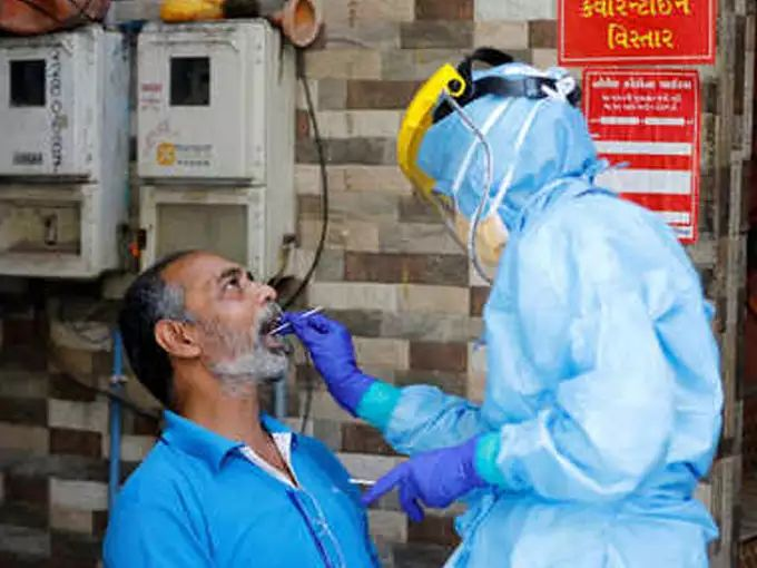 Coronavirus India live updates Social media users are claiming that even RT PCR test is unable to detect coronavirus | CoronaVirus Update: धक्कादायक! आरटी-पीसीआर टेस्टनंही डिटेक्ट होईना कोरोना, करावे लागतेय सीटी स्कॅन; लोकांचा दावा