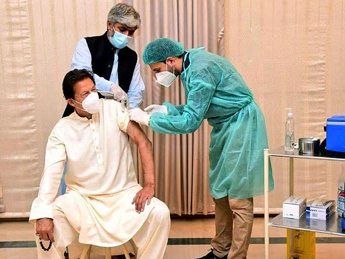 CoronaVirus Pakistan to make single dose corona vaccine chinese team to help scientists   CoronaVirus : पाकिस्तानचा दावा! लवकरच अशी लस तयार करणार, की एकाच डोसमध्ये कोरोना नष्ट होणार