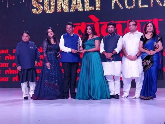 Lokmat Maharashtrian Of The Year Award 2018 Performing Arts Category Winner Singer Shreya Ghoshal | LMOTY 2018: 'आवाजाची राणी' श्रेया घोषालला 'लोकमत महाराष्ट्रीयन ऑफ द इअर' सन्मान