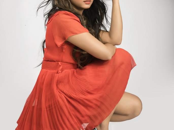 My first love is 'dance' - actress Meera Joshi   माझं पहिलं प्रेम 'डान्स'-अभिनेत्री मीरा जोशी