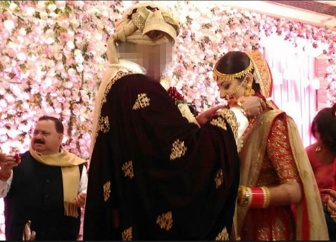 Bigg Boss 10 Ex-Contestant's secret wedding, came in front of the photo | Bigg Boss 10 Ex- कंटेस्टंटने गुपचुप उरकले लग्न,समोर आले फोटो
