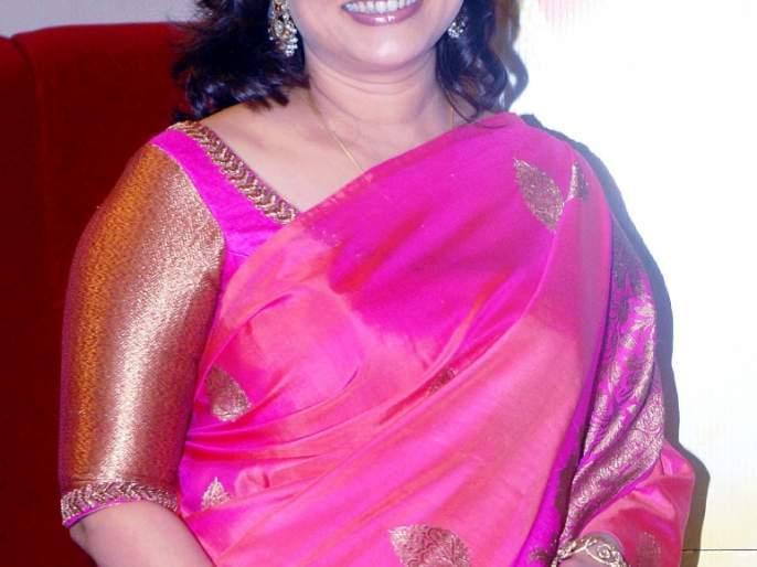 Twenty years later, Suchitra Bandekar plays the role   तब्बल 20वर्षांनी सुचित्रा बांदेकर रंगभूमीवर