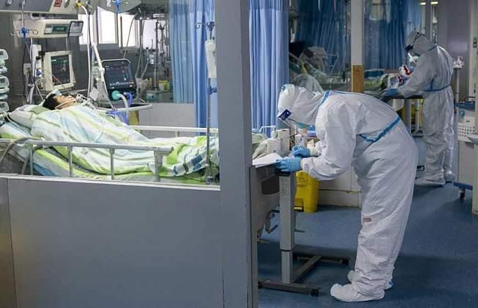 CoronaVirus: Shocking! In France, 499 coronavirus deaths in 24 hours rkp | CoronaVirus : धक्कादायक! फ्रान्समध्ये कोरोनामुळे एका दिवसात ४९९ लोकांचा मृत्यू