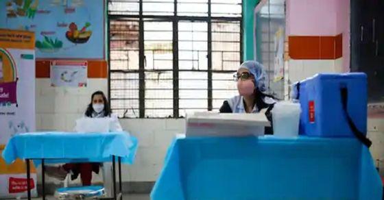 Walawalkar Hospital rushed to help Mangesh | 'मंगेश'च्या मदतीसाठी धावले वालावलकर हॉस्पिटल