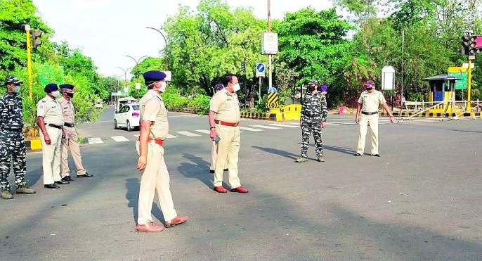 'CP' on road in the sub-capital | Corona Virus in Nagpur; नाकाबंदी करीत उपराजधानीत 'सीपी' रस्त्यावर