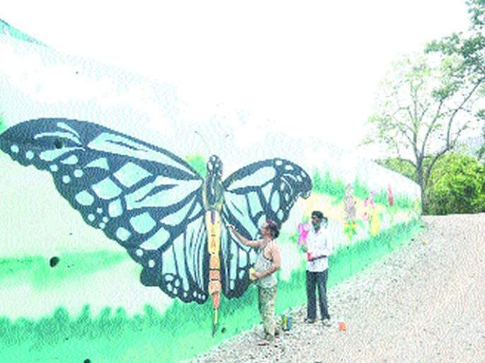 Wildlife, birds along the roads in the Karnala area | कर्नाळा परिसरातील रस्त्यालगत अवतरले वन्यप्राणी, पक्षी
