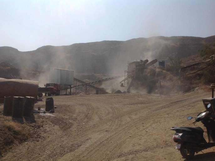 Immediate close the illegal crusher; Elgar of Surur and Mohodekarwadi villagers | बेकायदेशीर क्रशर तात्काळ बंद करा; सुरुर व मोहोडेकरवाडी ग्रामस्थांचा एल्गार