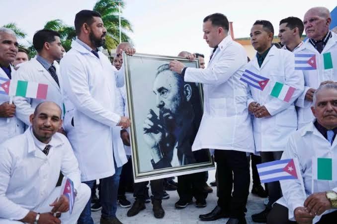 Coronavirus: Cuba's Doctor Army Helps Italy. | Coronavirus : क्युबाची डॉक्टर आर्मी धावली इटलीच्या मदतीला!