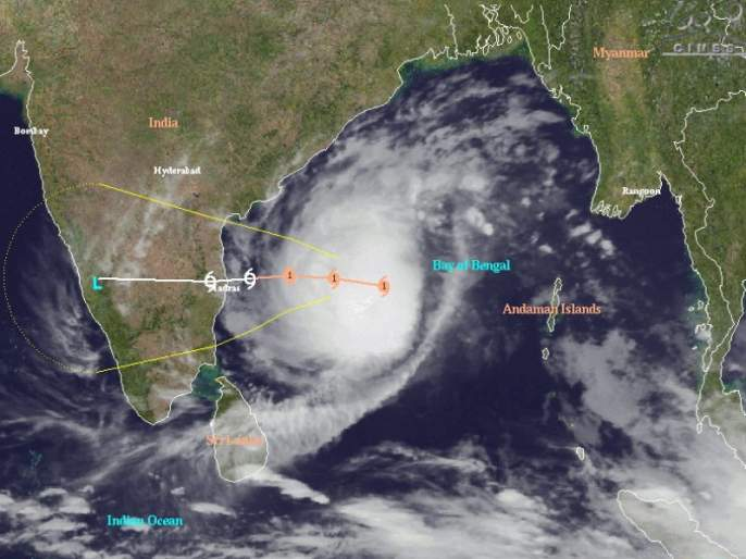 cyclone Arabian Sea in going to way of Gujarat | अरबी समुद्रातील चक्रीवादळ गुजरातच्या दिशेने