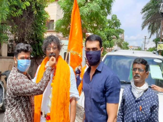 Pradip Karpe of Dhule reached Ayodhya | धुळ्याचे प्रदीप कर्पे अयोध्येला पोहोचले