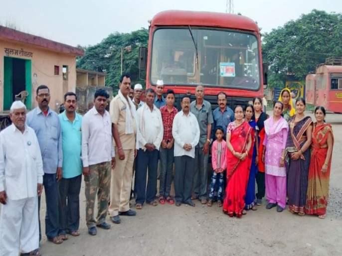 A group of selfless devotees left for Panipat | निरंकारी भक्तांचा जत्था पानिपतकडे रवाना