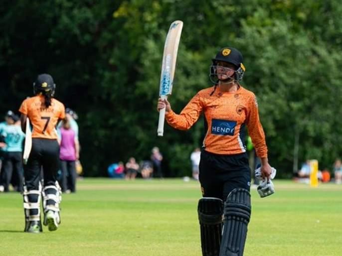 Danni Wyatt makes history with WCSL century | महिला खेळाडूची फटकेबाजी ; 9 चौकार, 7 षटकारांसह खणखणीत शतक