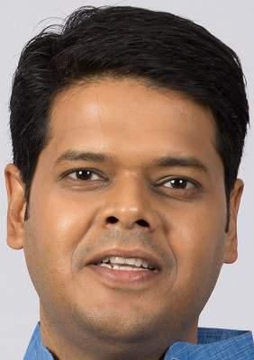 Agriculture University needs financial support from the government: Niranjan Davkhare | कृषीविद्यापीठाला सरकारचे आर्थिक पाठबळ गरजेचे : निरंजन डावखरे
