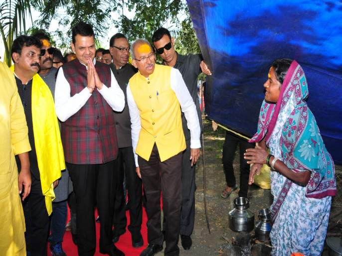 Provision of Rs 1,000 crore for Dhangar community; Build 10 thousand houses for the homeless | महाराष्ट्र बजेट 2019: धनगर समाजासाठी 1 हजार कोटींची तरतूद; बेघरांसाठी 10 हजार घरकूल बांधणार