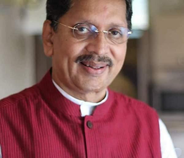 Funds of saffron, how are you credited? : Shiv Sena issue | निधी केसरकरांचा, मग श्रेय तुमचे कसे? : शिवसेनेचा सवाल ; प्रभारी नगराध्यक्षांवर टीका