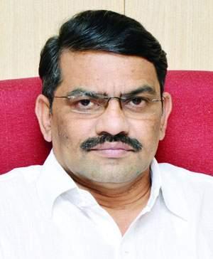Maharashtra Assembly Election 2019: Shiv Sena's responsibility to maintain environment: Deepak Patwardhan's advice | Maharashtra Assembly Election 2019 :वातावरण सांभाळण्याची जबाबदारी शिवसेनेचीच: दीपक पटवर्धन यांचा सल्ला