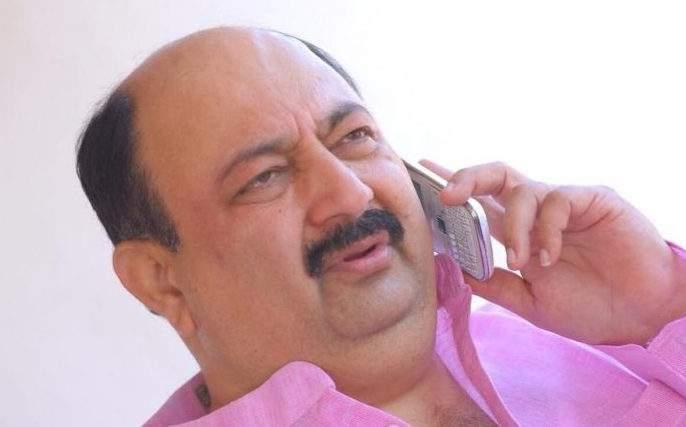 Another blow to the nationalist; Deepak Salunkhe resigns | राष्ट्रवादीला आणखी एक धक्का; दीपक साळुंखे यांचा राजीनामा