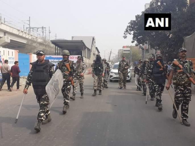 Delhi Violence News central goverment strict on delhi riots 20 are dead SSS | Delhi Violence : हिंसाचार रोखण्यासाठी सरकार कठोर पावले उचलण्याच्या तयारीत, आगडोंबात 20 जणांचा मृत्यू