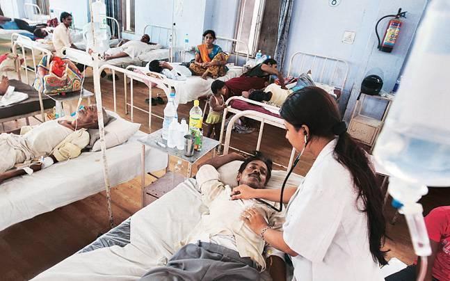 Appointment of Bharari squad in Solapur; Looting of patients by private hospitals will stop | सोलापुरात भरारी पथकाची नियुक्ती; खासगी रुग्णालयांकडून होणारी रूग्णांची लूट थांबणार