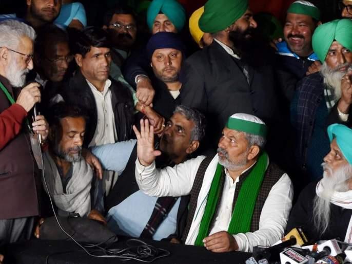 Fear of Delhi Police action; Farmers stayed up all night on the border | दिल्ली पोलिसांच्या अॅक्शनची भीती; रात्रभर बॉर्डरवर जागे राहिले शेतकरी