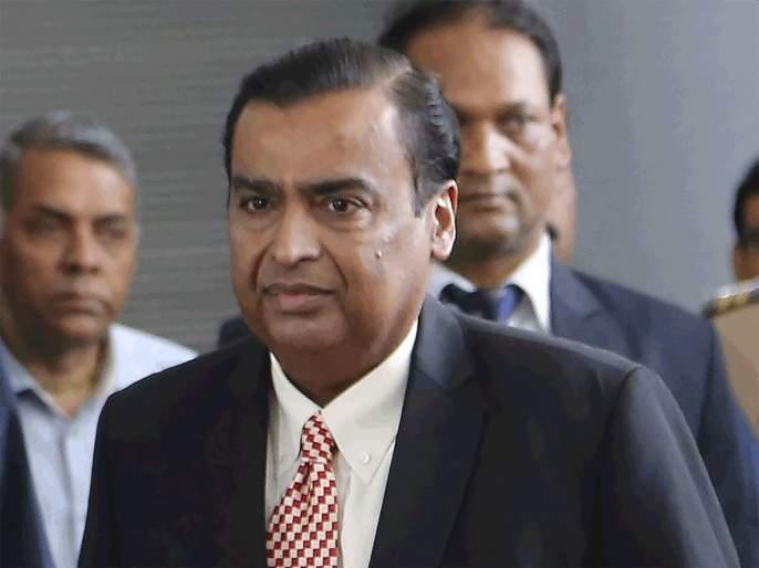 Mukesh Ambani's future group deal in trouble; Supreme Court halts Big Bazaar deal | मुकेश अंबानींना सर्वोच्च न्यायालयाचा मोठा झटका; बिग बझारची डील रोखली