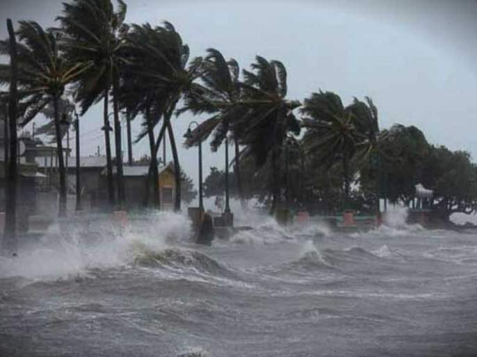 Orgy in Murud; Mumbai survived in cyclone nisarga | मुरूडमध्ये तांडव; मुंबई थोडक्यात वाचली