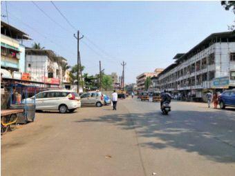 Dryness on the roads of Vasai-Virar | वसई-विरारच्या रस्त्यांवर शुकशुकाट