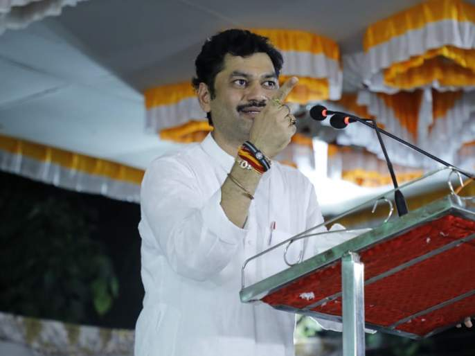 Dhananjay Munde political attack on Devendra Fadnavis | एकेकाळचा 'बबन्या' भाजपमध्ये बबनराव कसा होतो: धनंजय मुंडे