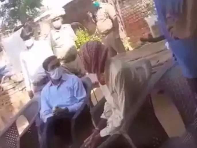 Hathras Gangrape: The families of the victims in the Hathras case made a big revelation about the threatening video of the District Collector | Hathras Gangrape: हाथरस प्रकरणातील पीडित कुटुंबियांनी जिल्हाधिकाऱ्यांच्या धमकीच्या व्हिडिओबाबत केला मोठा खुलासा