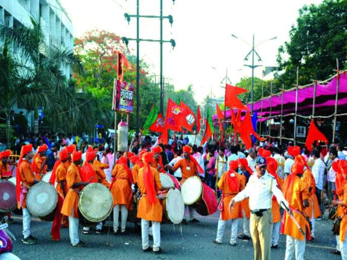 Kalyan Lok Sabha election result 2019 news | कल्याण लोकसभा निवडणूक निकाल २०१९ : उत्साह वाढत गेला; शिंदेंचा विजय स्पष्ट होताच जल्लोष
