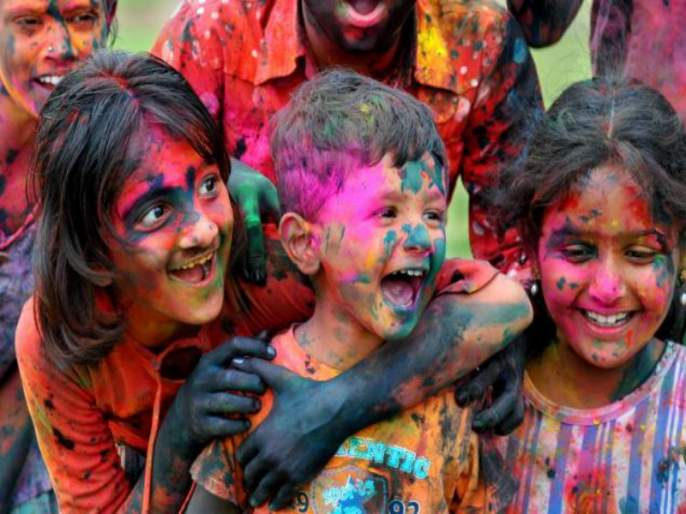 What does colors play in Dhulivandan ? ... Do you forget the rangpanchami..? | धुलिवंदनाला कसले रंग खेळता रे?...रंगपंचमी विसरलात का?