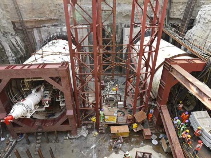 One worker was killed and another injured while undergoing subway work on Metro-3   मेट्रो-३ मार्गिकेच्या भुयारीकरणाच्या कामावेळी एका कामगाराचा मृत्यू, एकजण जखमी