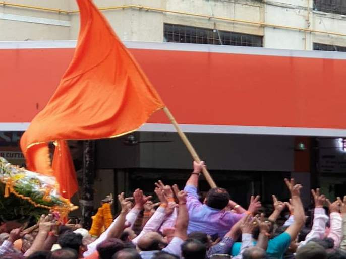 shiv sena sanjay potnis win in kalina | एकही नगरसेवक नसताना सेनेने पुन्हा विजय मिळवला