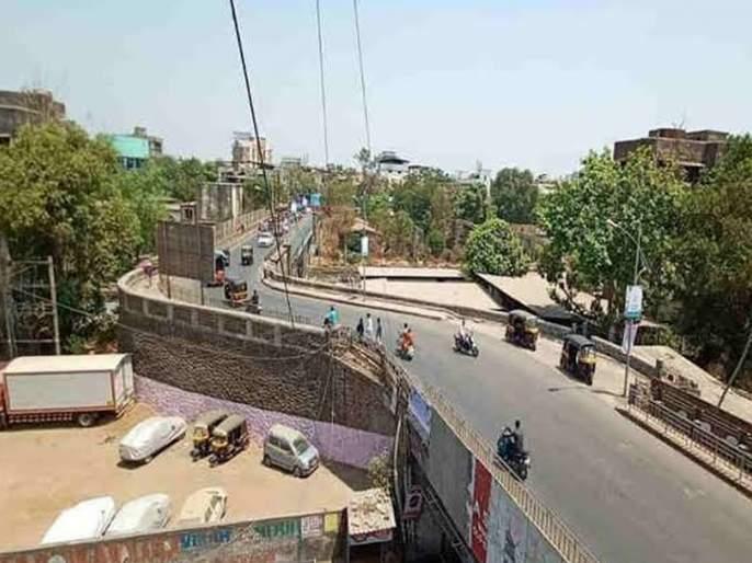 Start Kopar Bridge immediately for urgent services -Ramesh Mhatre | अत्यावश्यक सेवांसाठी कोपर उड्डाणपूल सुरू न केल्यास रेलरोकोचा इशारा