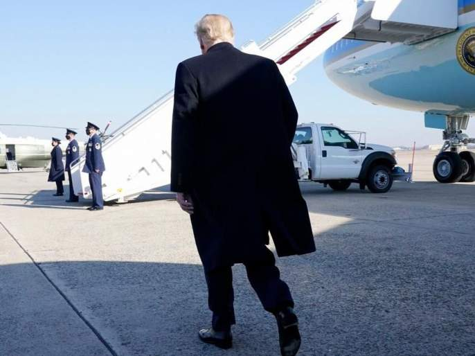 'Donald Trump's term ends, he resigns'; employee post on america's govt website   'डोनाल्ड ट्रम्प यांचा कार्यकाळ संपला, राजीनामा दिला'; परराष्ट्र मंत्रालयामुळे उडाली खळबळ